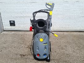 High pressure washer of the superclass Karcher HD 10 / 25-4 S