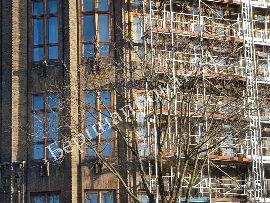 Как не терять зря время при поиске строительных лесов в аренду
