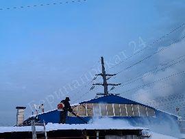 Преимущества уборки снега воздуходувкой