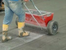 Технология топпинга для упрочнения бетонного пола
