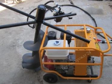 Инстар ЭГБ 9999 - реверсивный ручной гидравлический ямобур с бензиновым приводом  для двух операторов - в аренду