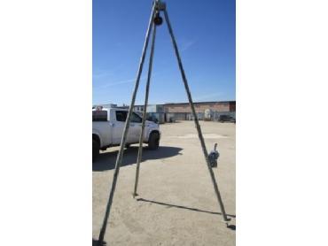 Тренога телескопическая с лебедкой в аренду